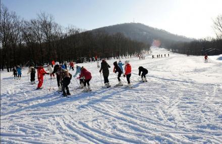 庙香山滑雪场