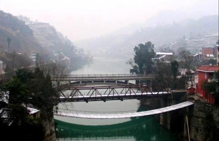 重安江铁索桥