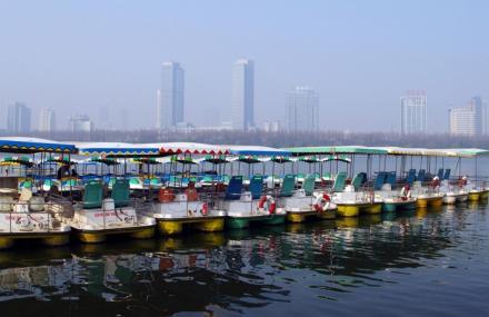 玄武湖游船