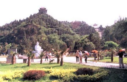 五龙峰景区