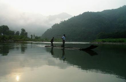 白马潭漂流景区