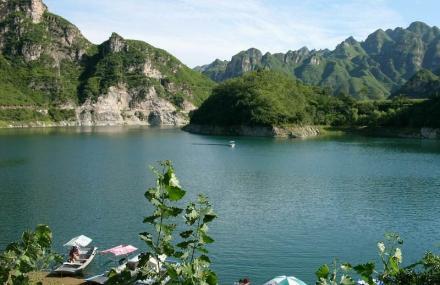 龙潭湖漂流
