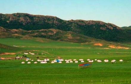 山地草原旅游区
