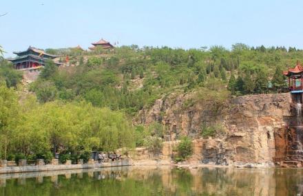菏泽巨野金山旅游区
