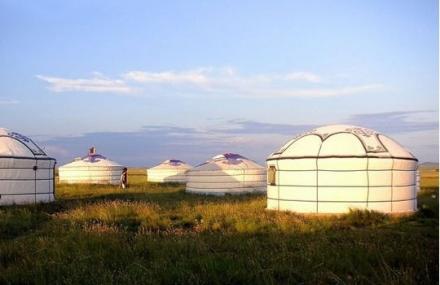 葛根敖包草原旅游度假村